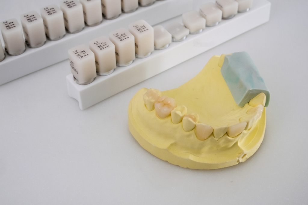 牙套 刷牙