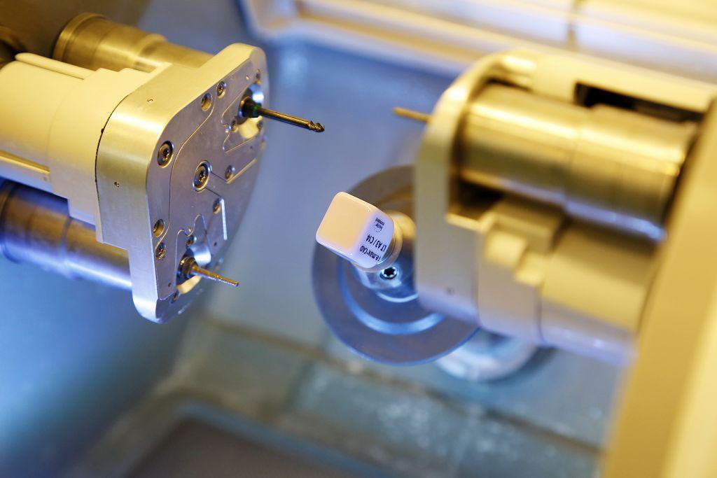 銀粉 3D齒雕,銀粉 牙套,樹脂 缺點,費用 齒雕,樹脂 牙套,齒雕 缺點,費用 銀粉,3D 3D,3D齒雕 價格,齒雕 3D齒雕