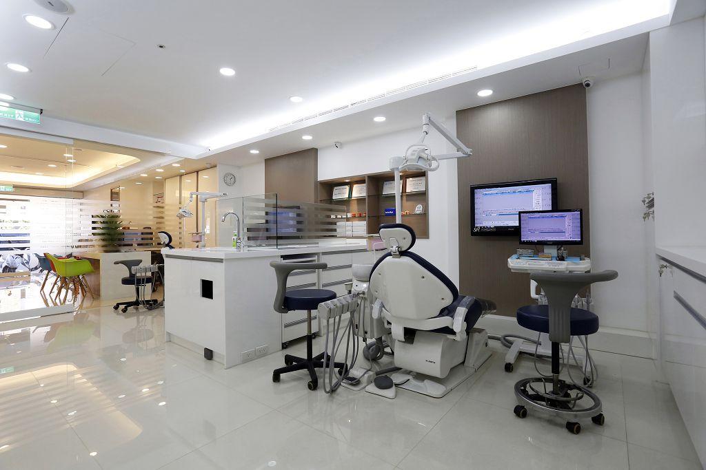 想解決缺牙問題,牙醫師首推薦植牙!