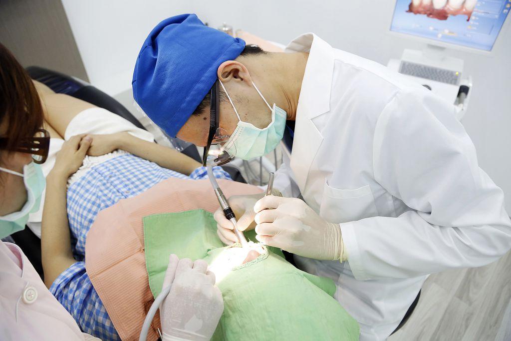 補牙材質大不同!樹脂、銀粉補牙個別的優缺點是什麼?