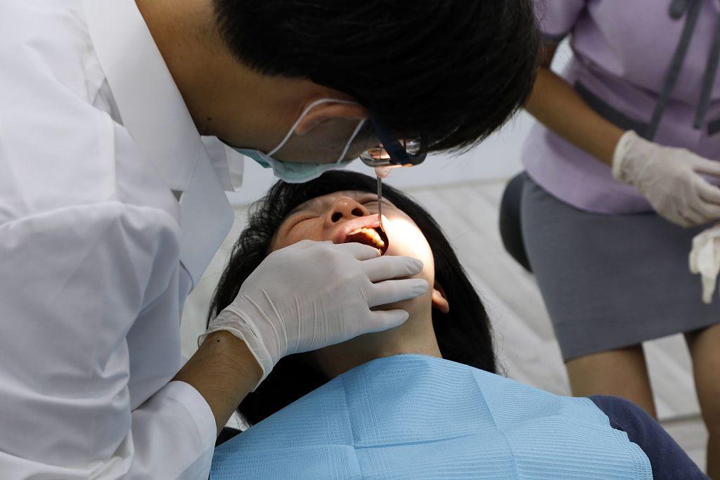 缺點 費用,3D齒雕 3D,樹脂 齒雕,缺點 缺點,牙套 銀粉,樹脂 3D齒雕,費用 價格,費用 齒雕,齒雕 費用,牙套 樹脂