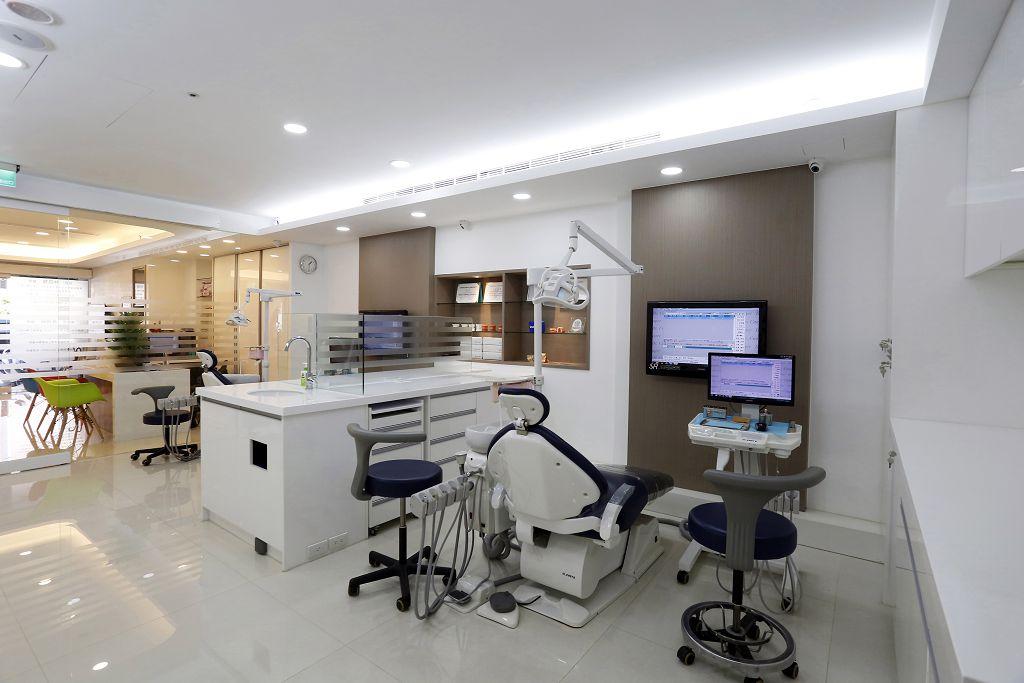 舒眠植牙費用不斐,為什麼還備受病患推薦?它到底有什麼優點?