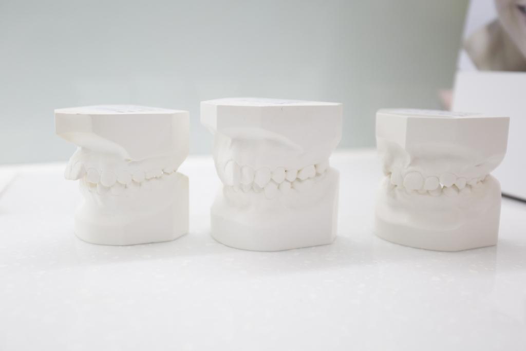 戴假牙時會痛怎麼辦!?緊急鎮痛七大招