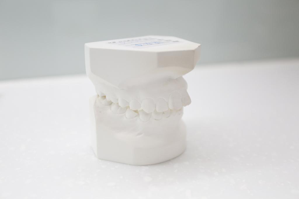 什麼是蛀牙?蛀牙分為3種類型:牙冠、牙根、復發性