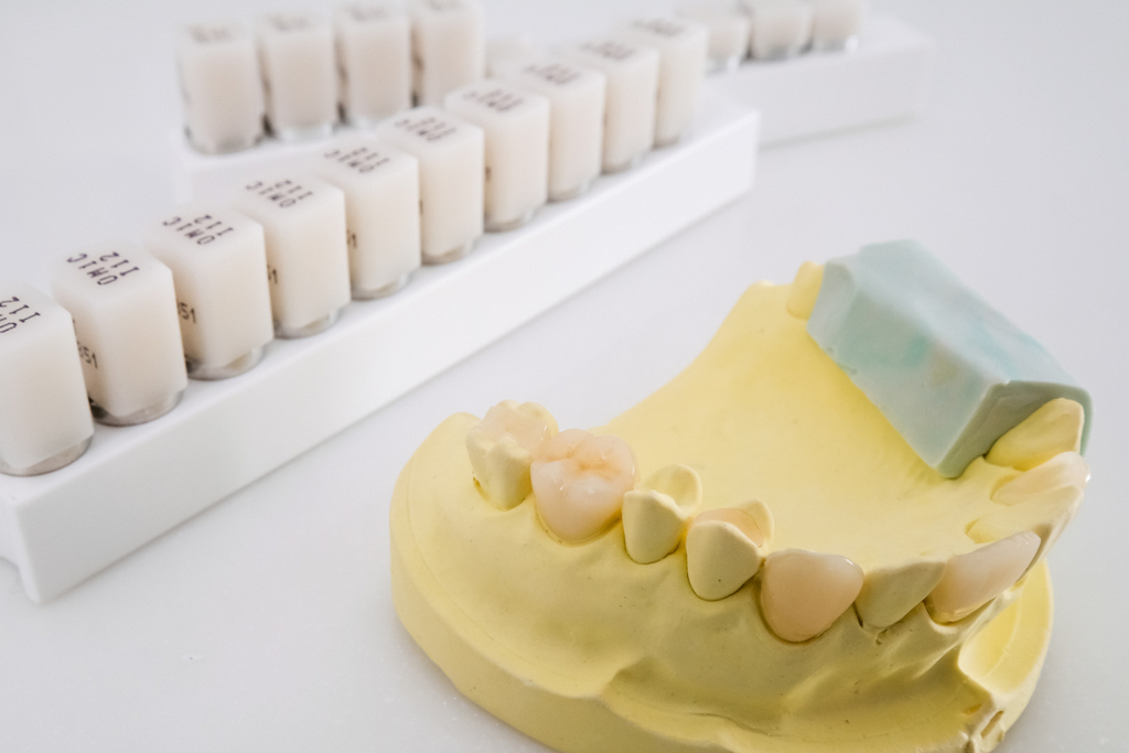 手術 治療,牙齦炎 發燒,牙周病 痛,預防 牙齦發炎,痛 牙齦炎,牙齦萎縮 治療,原因 症狀,痛 補骨,口臭 牙齦萎縮,拔牙 牙齦炎