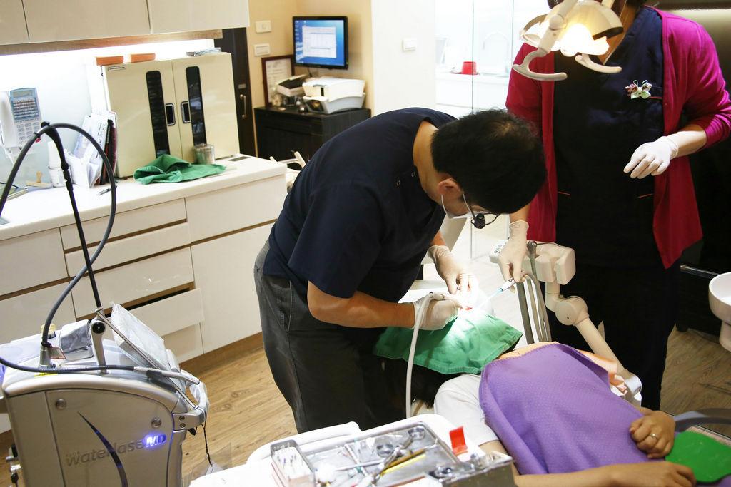 人工植牙的特色是什麼?牙醫到底推不推薦?